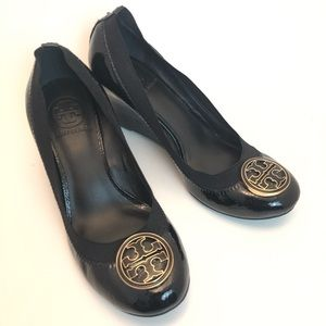 Tory Burch | Caroline Black Patent Leather Wedges